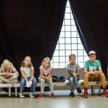 Naujame spektaklyje vaidinantys vaikai: čia viską darome taip, kaip patys mąstome
