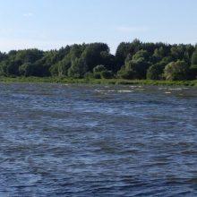 Italas Lietuvos grožį atranda nuo irklentės: neįmanoma nemylėti tokių upių ir ežerų