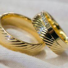Vyriausybė spręs dėl siūlymo leisti santuokas nutraukti notarams