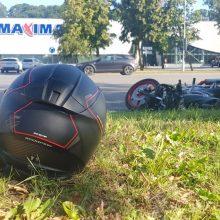 Per avariją Jonavos gatvėje nukentėjo motociklininkas