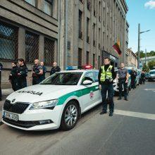 Kauno policijos pareigūnai pagerbė žuvusį kolegą: sustojo simbolinei minutei