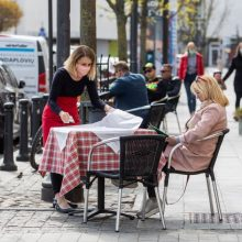 Nuo karantino nukentėjusiam verslui gelbėti jau patvirtinta beveik 165 mln. eurų parama