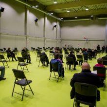Darbą pradeda didžiausias vakcinavimo centras Lietuvoje – Kauno ledo rūmai (papildyta)