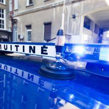 Muitininkai sulaikė du piktnaudžiavimu tarnyba ir kontrabanda įtariamus kolegas