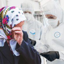 COVID-19 susirgusiai ir saviizoliaciją pažeidusiai 74-erių senjorei gresia net kalėjimas