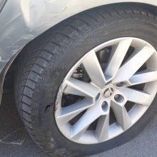 Po avarijos Fredoje: dideliu greičių lėkęs taksistas automobilio net nestabdė