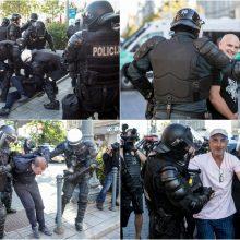 Prie Seimo žygiavusi minia išsiskirstė: jau kalba apie kitą protestą