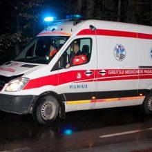 Vilniuje susidūrė du lengvieji automobiliai, sužalota mergina