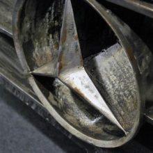 """Per dviejų """"Mercedes-Benz"""" avariją sužaloti trys žmonės"""
