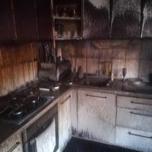 Po gaisro viską tenka pradėti nuo nulio: šeima prašo geradarių pagalbos