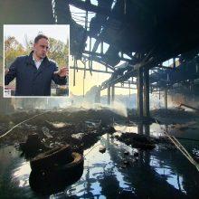 Alytaus meras: po gaisro į Nemuną sutekėjo tūkstančiai kubų dvokiančio vandens