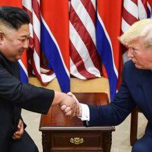 D. Trumpo ir Kim Jong Uno susitikimas: viešųjų ryšių triukas ar žingsnis į taiką?