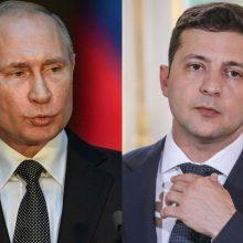 Kremlius: V. Putinas ir V. Zelenskis vis dar nesutaria dėl virtinės klausimų