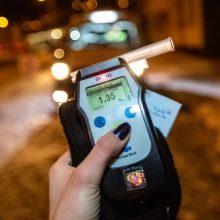 Kauno apylinkėse įkliuvo girti vairuotojai: vienas jų sukėlė eismo nelaimę