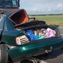 """Kelyje """"Via Baltica"""" po vilkiku palindo automobilis, sužaloti du žmonės"""