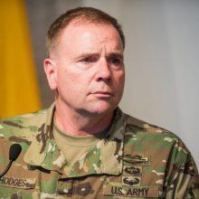 B. Hodgesas: JAV ruošiasi karui su Kinija, todėl Europa turės pati pasirūpinti Rusija