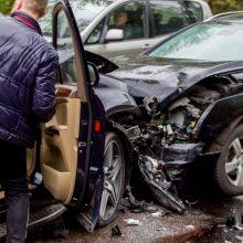 Antradienį šalies keliuose sužalota beveik dvi dešimtys žmonių