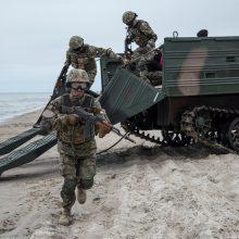 Nemirsetos paplūdimyje vyko tarptautinės karių pratybos (atnaujinta)