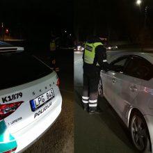 Kauno policijos savaitės apibendrinimas: įkliuvo 17 beteisių vairuotojų ir 101 pėsčiasis