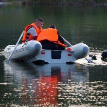 Privačios sodybos tvenkinyje Šiaulių rajone rastas jauno vyro kūnas