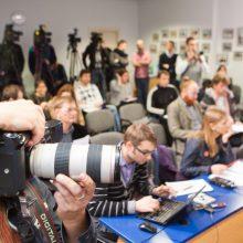 Vyriausybės ir žurnalistų ginčas: prašoma įrodymų, ar galima atkurti garso įrašą