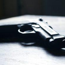 Kaune tvarkant mirusiojo daiktus, rastas neteisėtai laikytas ginklas