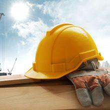 Nelaimingų atsitikimų darbe skaičius sparčiai auga: po karantino žūva daugiau darbuotojų
