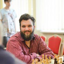 Šachmatų karūną kaunietis pelnė internetu