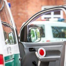 Kaune 45 eurų kyšį pareigūnams davęs vairuotojas užsidirbo baudžiamąją bylą