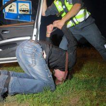 Rokiškyje neblaivus įtariamasis pasipriešino policininkui