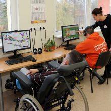 Atskirtis: neįgaliųjų nedarbas ir skurdas užprogramuojami nuo pat mokyklos?