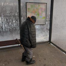 Plungėje apiplėštas benamis: sumušė ir nugvelbė 120 eurų
