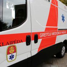 Kruvinas šeštadienis: per avariją nukentėjo vairuotoja, keleiviai ir kūdikis