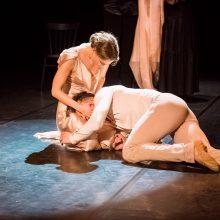 """""""Nenugalėtieji"""" – spektaklis, kurio repeticijose aktoriai verkė"""