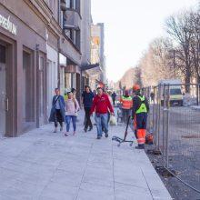 Verslas laukia alėjos rekonstrukcijos pabaigos: per dieną parduodame vos už 4 eurus