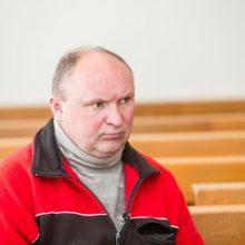 Pasiūlyta bausmė pareigūną bei jo uošvę terorizavusiam akiplėšai
