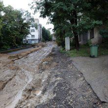 Kelionė namo rekonstruojama Žemaičių gatve – tik drąsiems