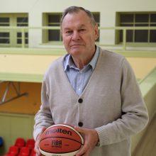 Krepšinio legendą pagerbė sportininkų kalvė