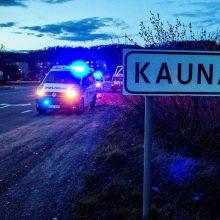 Lietuvoje griežtinamas karantinas: daugiausia klausimų kelia draudžiamas nebūtinas judėjimas