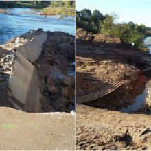 Sustabdyti nelegaliai Šventosios upėje vykdyti statybos darbai