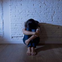 Smurto prieš paauglę skandalas: septyniolikmetei bus ieškomas kitas globėjas