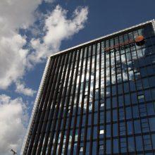 """Estijos institucijos tikrins informaciją apie galimą pinigų plovimą per """"Swedbank"""""""