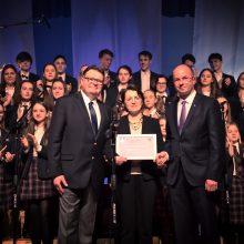 LSMU gimnazija – tarp pažangiausių: įteiktas pirmasis toks sertifikatas Lietuvoje