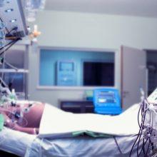 Siaubas: ligoninėje rastas vyro kūnas su durtinėmis žaizdomis