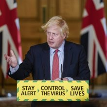 Britų vyriausybė pristatė karantino Anglijoje švelninimo planą