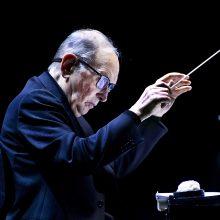 """Mirė pasaulinio garso kompozitorius, """"Oskaro"""" laureatas E. Morricone"""