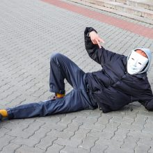 Vilniuje surengta akcija prieš kaukių dėvėjimą: tarp sulaikytųjų – O. Šurajevas
