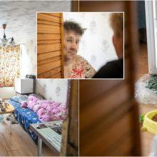 Kaimynai neapsikenčia gyvenimo smarvėje: senolė tuštinasi tiesiog į kibirą