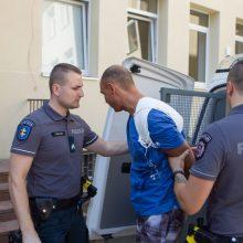 Žiaurus nusikaltimas Romainiuose: įtariamas žudikas suimtas trims mėnesiams