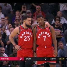 """""""Raptors"""" ir """"Spurs"""" pagerbė K. Bryanto atminimą"""